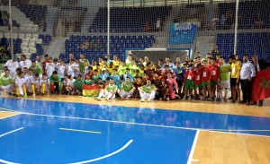 Foto del Palma con las selecciones del torneo intercultural