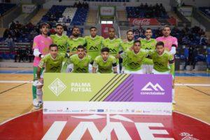 thumbnail_La plantilla del Palma Futsal el pasado sábado en el partido frente al Viña Albali